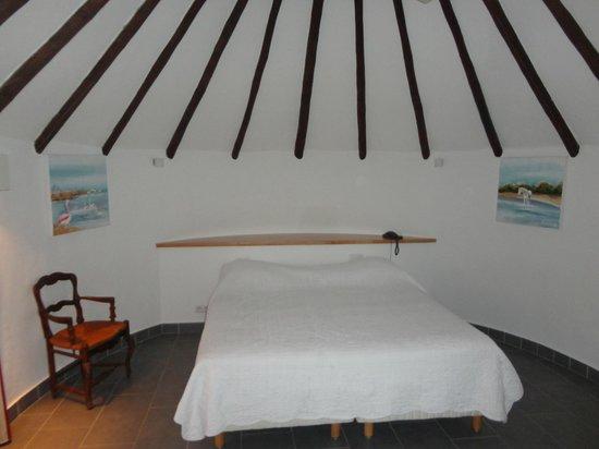 L'Auberge Cavaliere Du Pont Des Bannes : La chambre