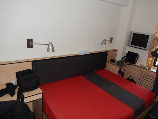 Pod 51 Hotel: bedroom