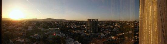Presidente InterContinental Guadalajara: Bedroom window view on 22nd Floor