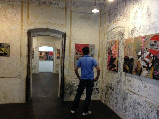 Artika Cafe Gallery : Art Gallery