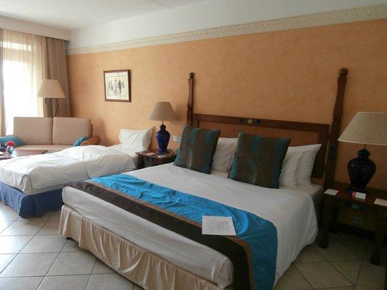 Sands Suites Resort & Spa : chambre