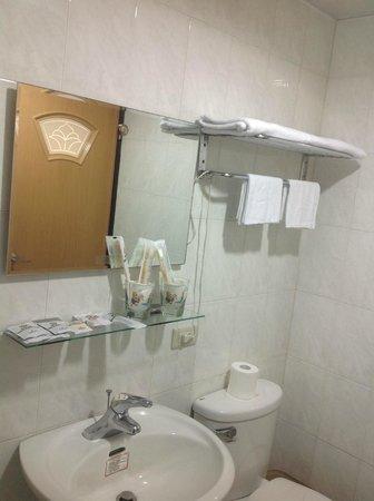 Shihlin Yiping: 每間套房中的獨立衛浴