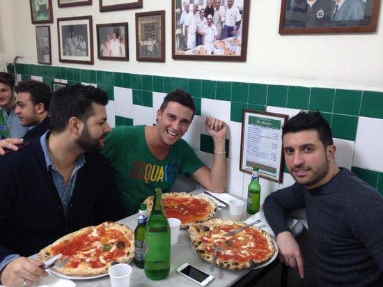 L'Antica Pizzeria da Michele: Con due frAtelli
