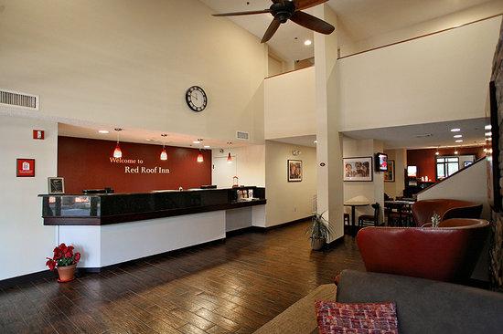 Red Roof Inn Palm Coast: Lobby