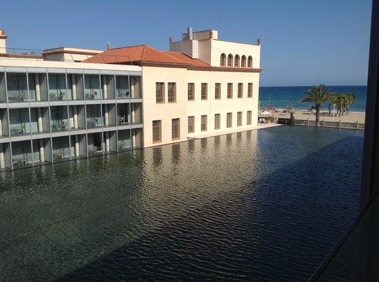 Le Meridien Ra Beach Hotel & Spa: Beach view.