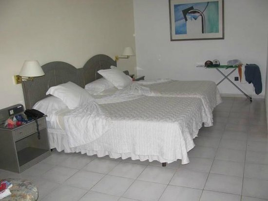 Melia Las Americas: bedroom