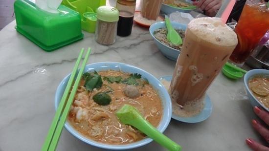 Kedai Kopi Yee Fung: lahsa avec the laicha