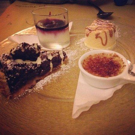 La Taverna di San Giuseppe: Piatto composto di dolci