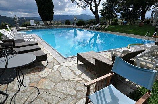 Borgo di Celle: piscina
