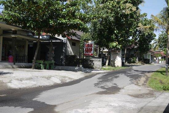 Double One Villas Amed II : Shop next door