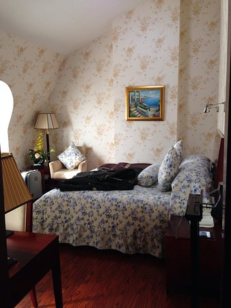 Astor House Hotel: King Bed
