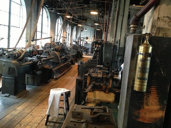 Thomas Edison National Historical Park : Machine shop
