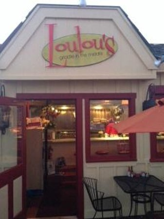 Loulou's Griddle In The Middle: The front entrance to LouLou's