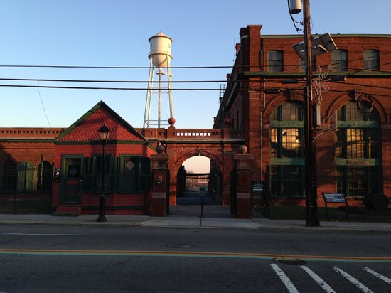Thomas Edison National Historical Park: View from across the street
