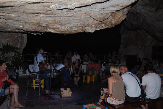 Cova d'en Xoroi: La Cova Show