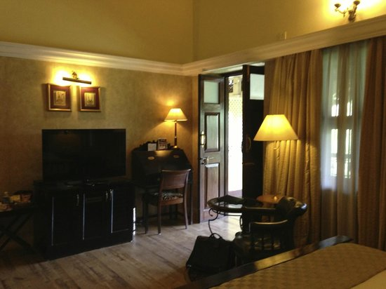 "Royal Orchid Metropole Hotel: my second fl ""heritage"" room"