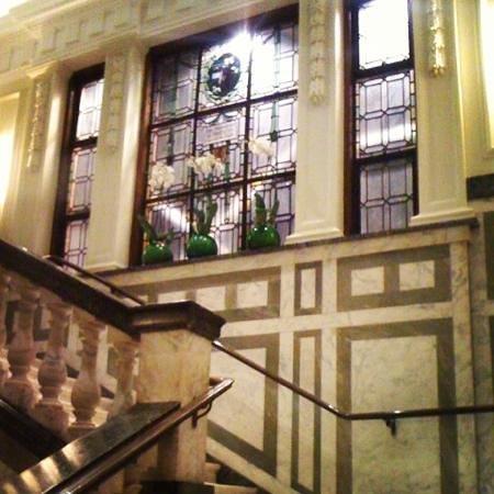 Town Hall Hotel: interior stairecase