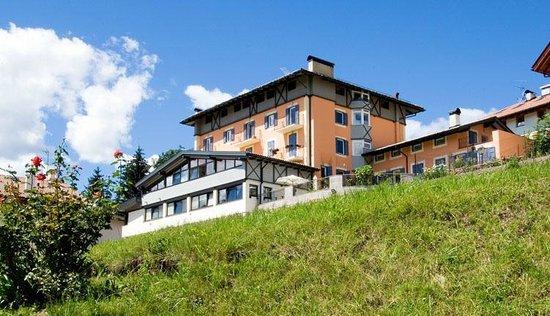 Residenza Bagni e Miramonti