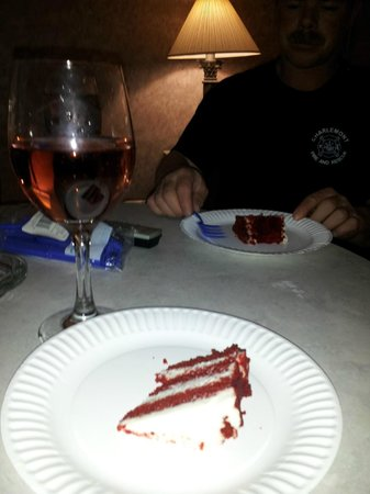 Pocono Palace Resort : Red Velvet cake was Delish :)