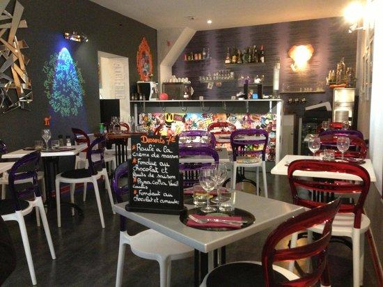 Salle de restaurant photo de l 39 atypik resto for Cuisine 728 montpellier