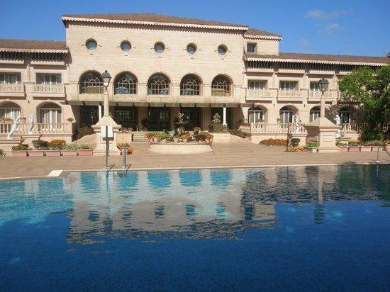 Evershine Keys Prima Resort: Palatial view