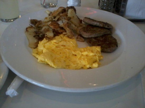 Rubys Tyler Mall: Turkey Patty breakfast