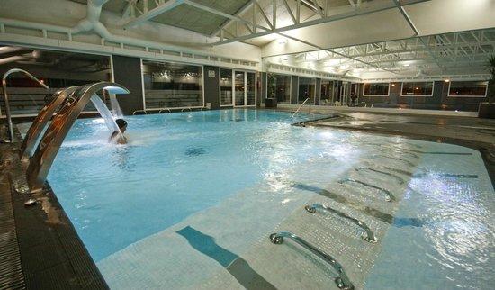 Piscina climatizada con spa picture of marjal costa for Camping con piscina climatizada