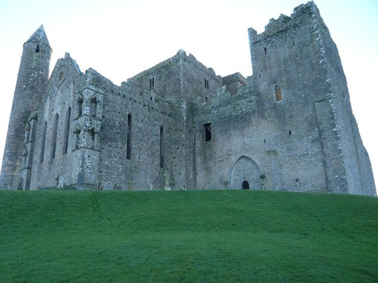 Extreme Ireland - Day Tours: Northeastern view of Rock of Cashel