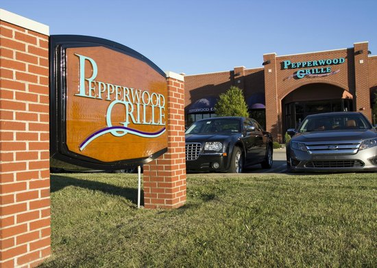 Pepperwood Grille: Signage