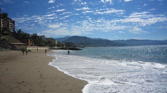 Sunset Plaza Beach Resort & Spa: Plage
