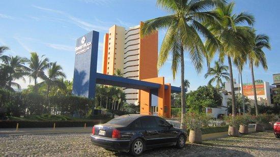 Sunset Plaza Beach Resort & Spa: Vue de l'hotel