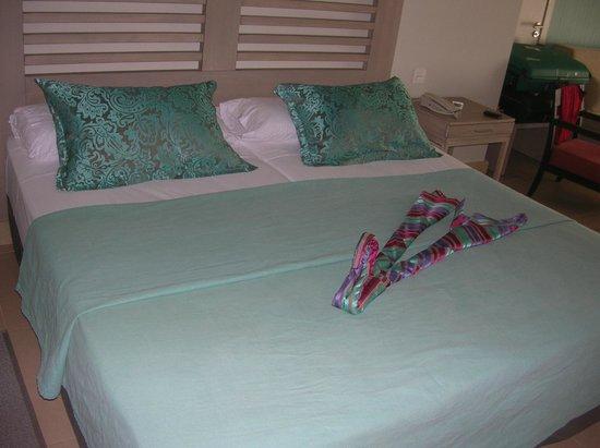 HD Beach Resort: présentation du lit  (différent suivant le jours)