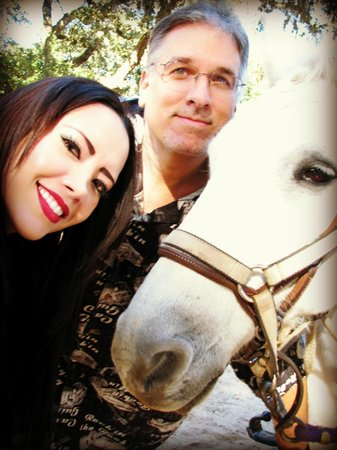 BlissWood Bed and Breakfast Ranch : With hubby and horse