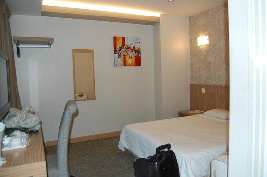 Beltif Hotel Kuala Lumpur: Room