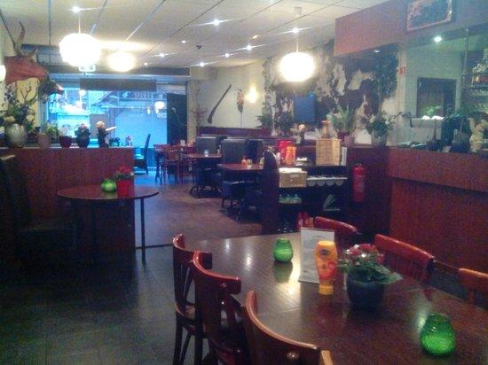 Hotel Manofa: Restaurante