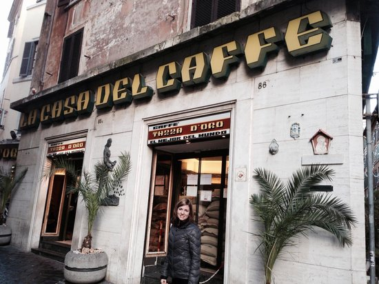 La Casa del Caffe Tazza d Oro: Look for this sign