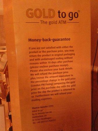 Le Cafe: gold ATM