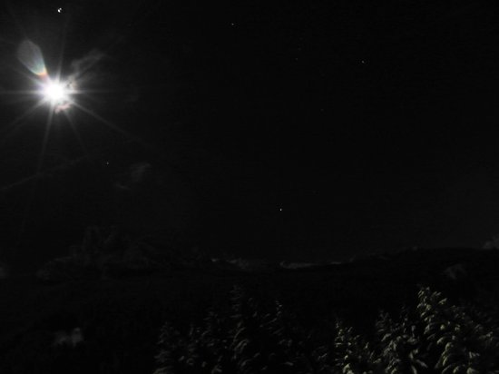 Active Hotel Olympic: La visuale dalla camera: la luna