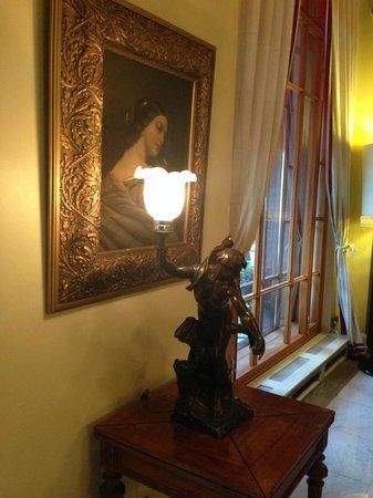 Astoria Hotel: Biblioteca in piano terra