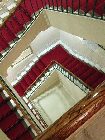 Astoria Hotel : Scala °nera°