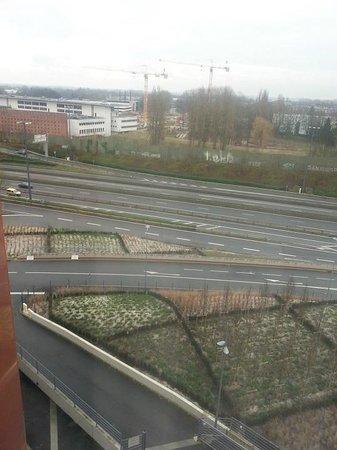 B&B Hotel Lille Grand Stade : vue chambre 705