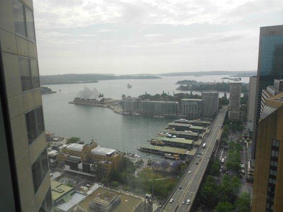 Shangri-La Hotel Sydney: View from Horizon Opera View room