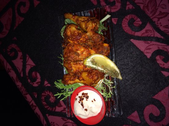 La Paella Spanish Restaurant: Wings