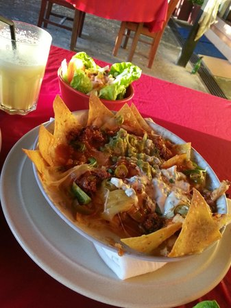 El Cactus Bistro and Bar : Mixed Nachos...