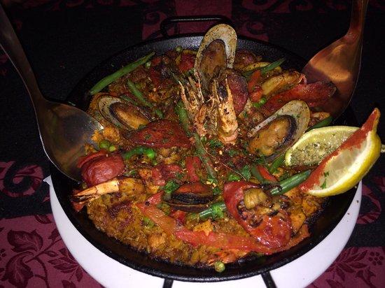 La Paella Spanish Restaurant: Authentic paella