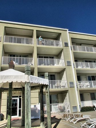Inn at Dauphin Island: View of 406 from the beach