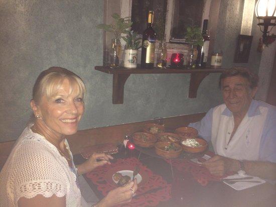 La Paella Spanish Restaurant: :)
