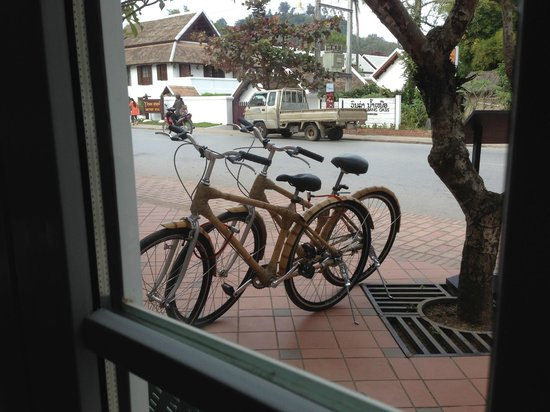 Victoria Xiengthong Palace: bamboo bikes perfect to explore town