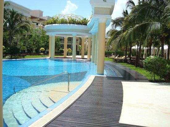 Iberostar Grand Hotel Paraiso: Piscina tranquila