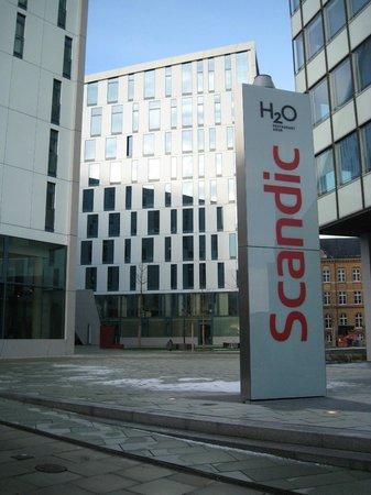 Scandic Hamburg Emporio: hotellet